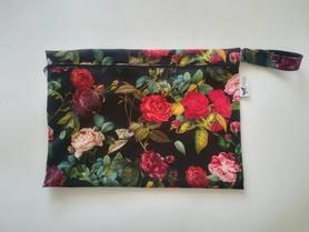 duża saszetka PUL purpurowe róże