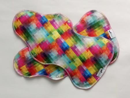 podpaska maxi plus na noc - kolorowe wiatraczki (1)